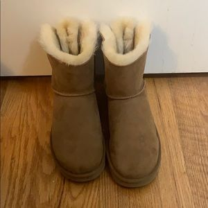UGG Mini Bailey Bow Boots • Chestnut